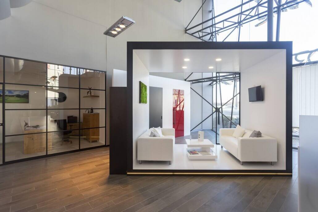 showroom Brno skryté zárubně