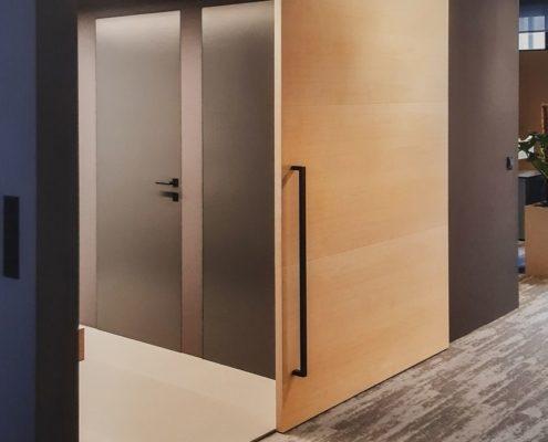 Posuvné dveře po stěně a skryté zárubně DURUS