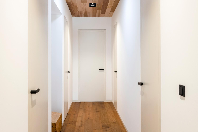 Zárubně woody - bezfalcové dveře v rámové zárubni.